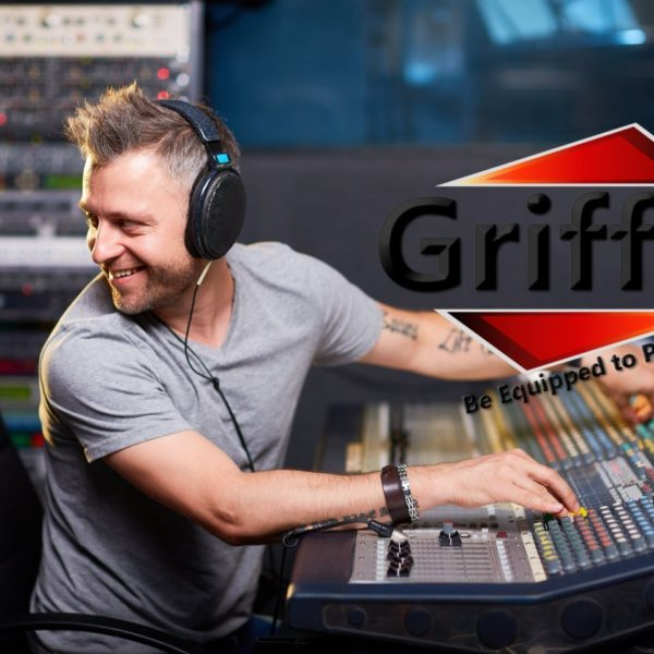 Rack-Mount-Stand-with-10-Spaces-by-Griffin-Music-Studio-Recording-Equipment-Mixer-Standing-Case-RackMount-Audio-Netw-B004THBHR0-6