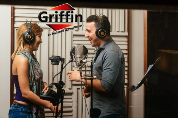 Tripod-Microphone-Boom-Stand-with-XLR-Mic-Cable-Clip-Pack-of-2-by-Griffin-Telescoping-Premium-Quality-for-Studio-B00585PT0I-9